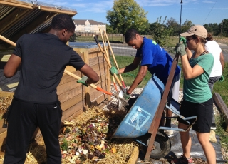 Community Composting Done Right: A Guide to Best Management Practices