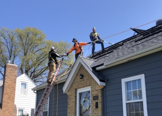 30 Times More Jobs from Rooftop Solar, Utility Filing Says