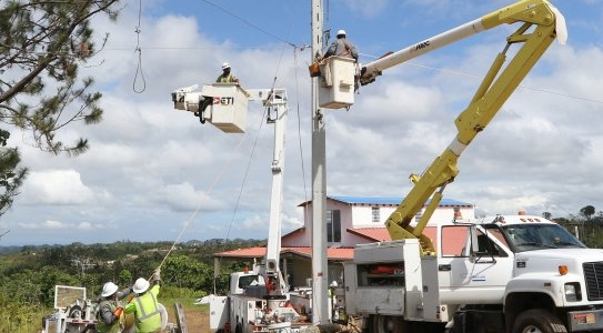 Rebuilding Puerto Rico's Electricity System Democratically