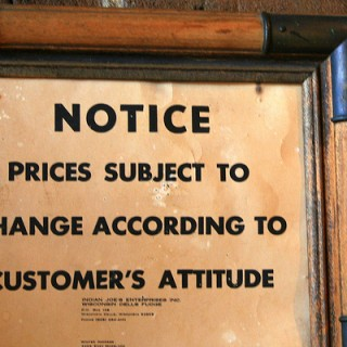 Customer-Service-sign