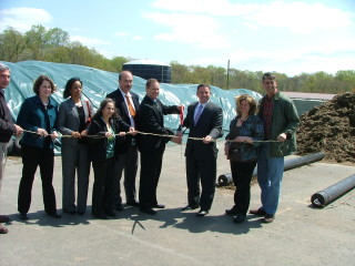 Howard County ribbon cutting