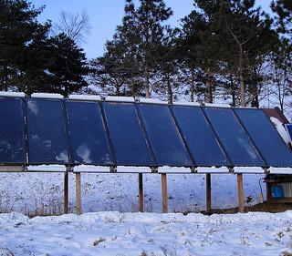 Winter solar panels Minnesota