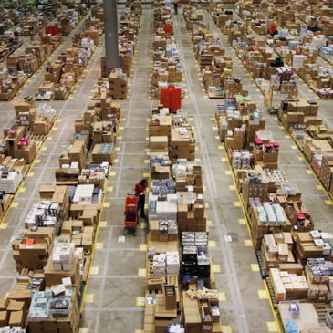 photo: amazon warehouse