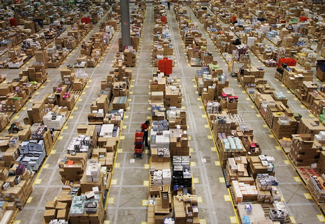 photo: amazon warehouse
