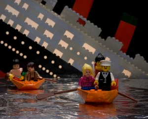 lego titanic sinking - flickr  Eric Constantineau
