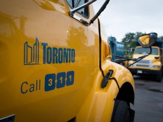 The benefits of public solid waste services: Lessons for Toronto