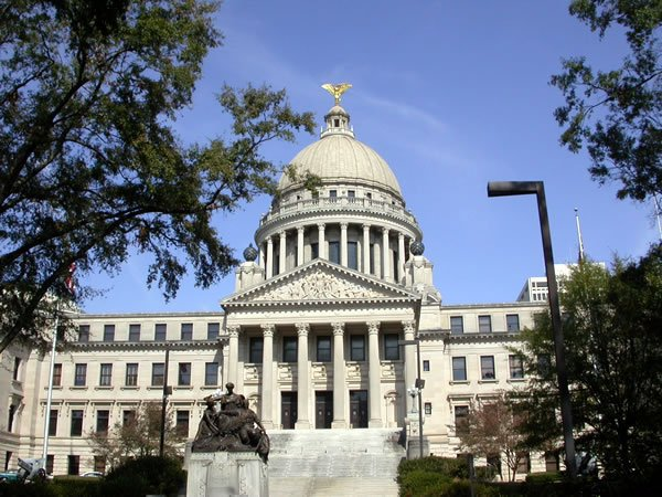 Mississippi Law Change Would Enable Electric Cooperatives to Offer Broadband