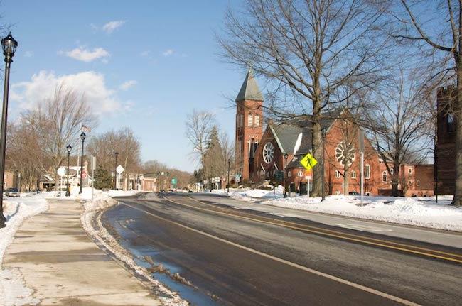 Massachusetts Town Moves Forward With Municipal Broadband Plans