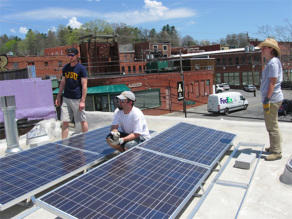 Community Solar – A New Model for Local Ownership?